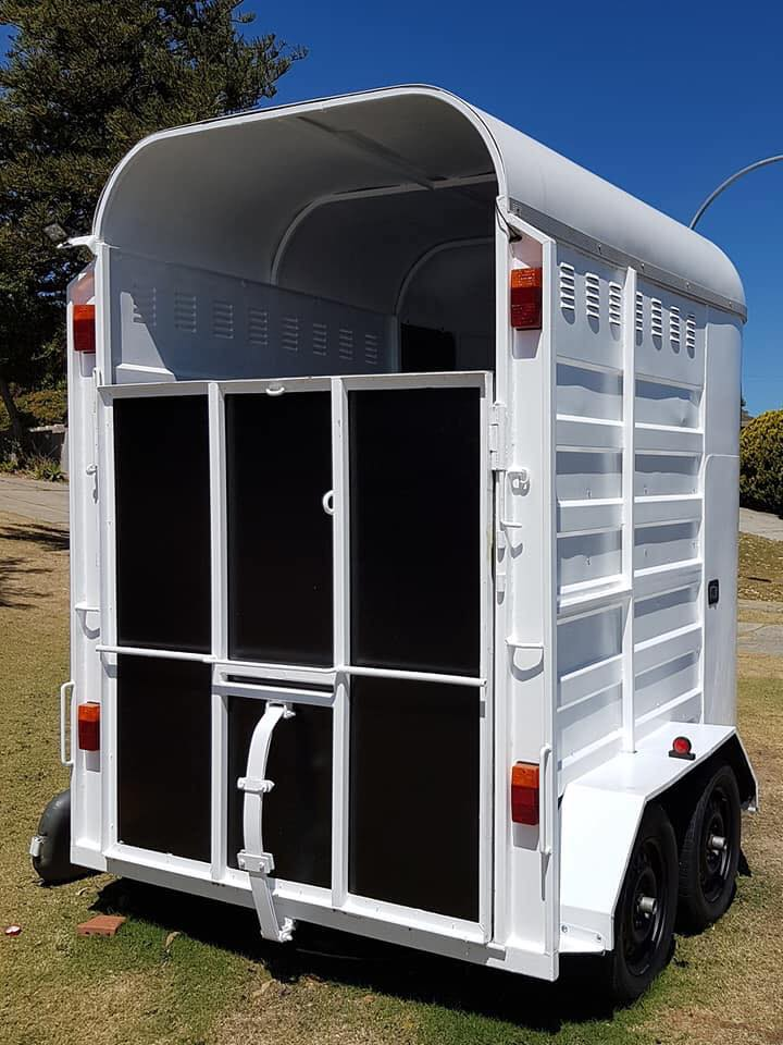 Horse Float – Double Custom – Extended Height (suit larger horses)