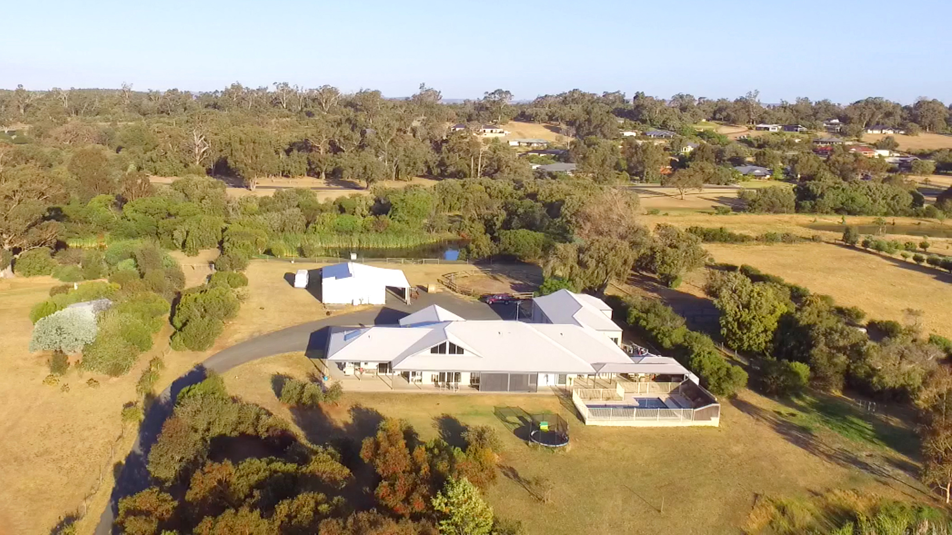 5ha Horse Property, Parkfield for sale