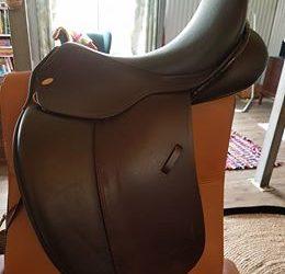 Kentaur Dressage Saddle3