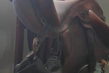 Semi Stock Saddle bates very good condition