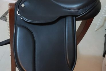 """IDEAL Pony Saddle Show 11 """" 11 inch Made in UK"""