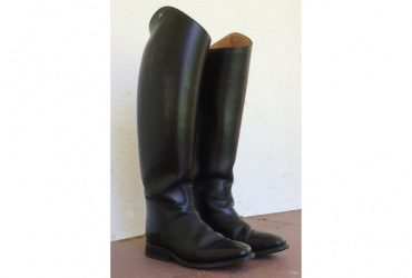 Petrie Top Boots size 8.5